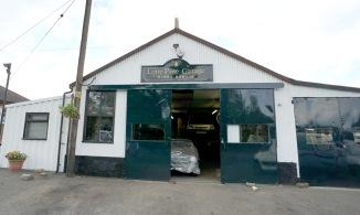 Lone Pine Garage forecourt in 2016